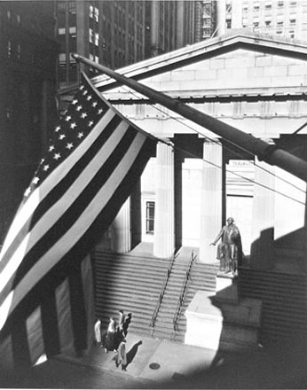 Berenice Abbott - Treasury Building from J.P. Morgan