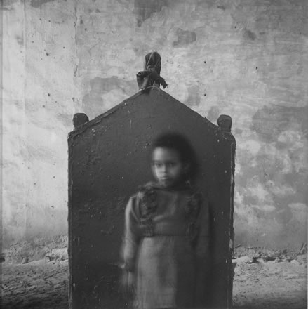 Richard Barnes - Small Girl and Tomb,City of the Dead, Egypt